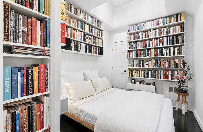 کتابخانه در اتاق خواب